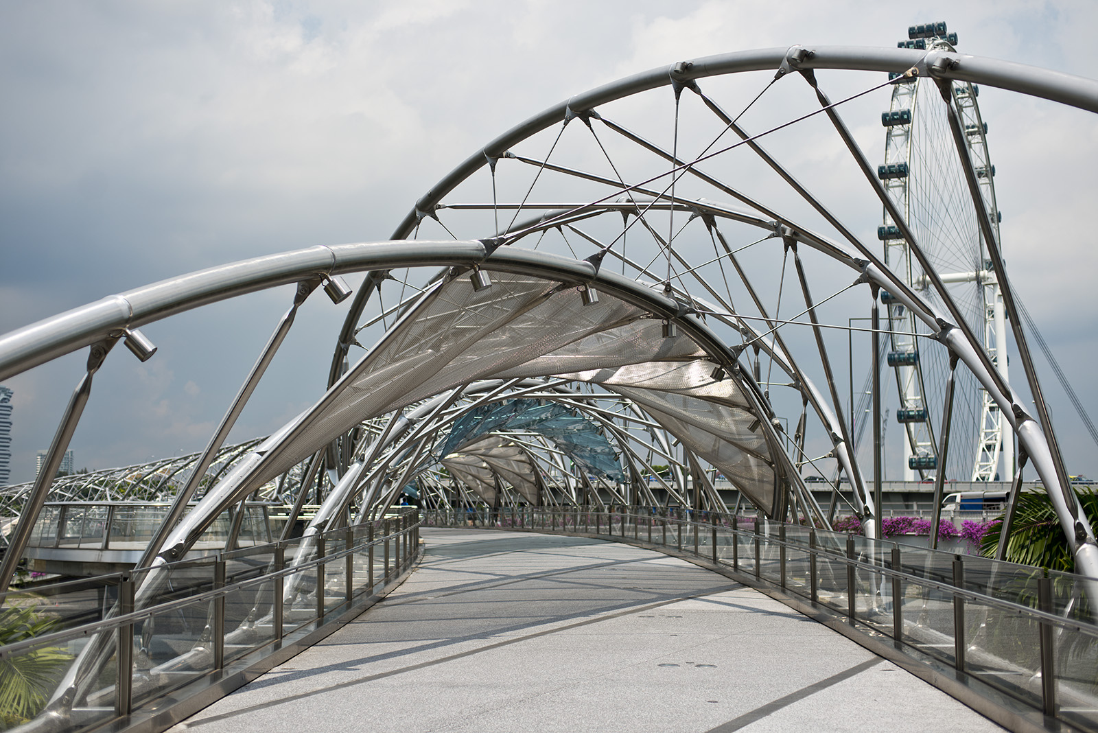 Helix Bridge | ©Steve Collis/Flickr