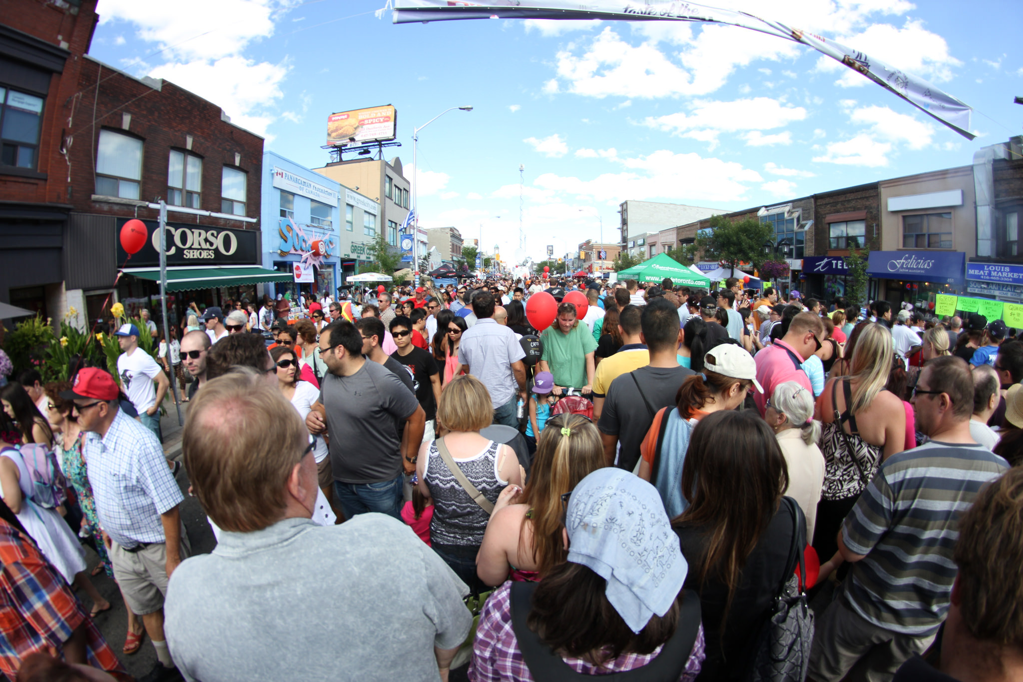 Taste of the Danforth | © Danielle Scott/Flickr