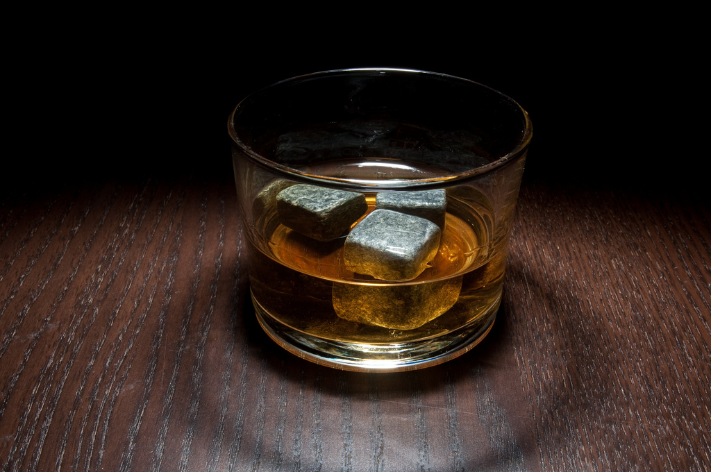 A glass of Jameson| © srslyguys/flickr