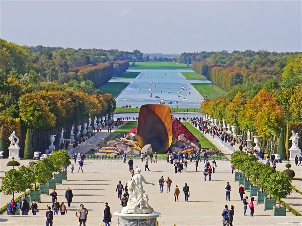 Anish Kapoor, Dirty Corner, Palace of Versailles   © Jean-Pierre Dalbéra/Flickr
