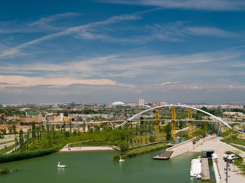 The most beautiful parks and gardens in valencia - Bioparc de valencia ...