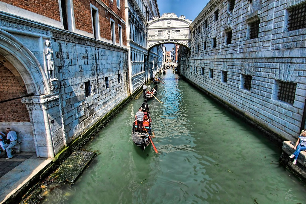The Bridge of Sighs, Venice | © Oliver Clarke/Flickr