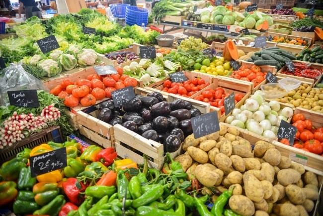 Fruit and Vegetable Market| ©Ed Gregory/Pexels