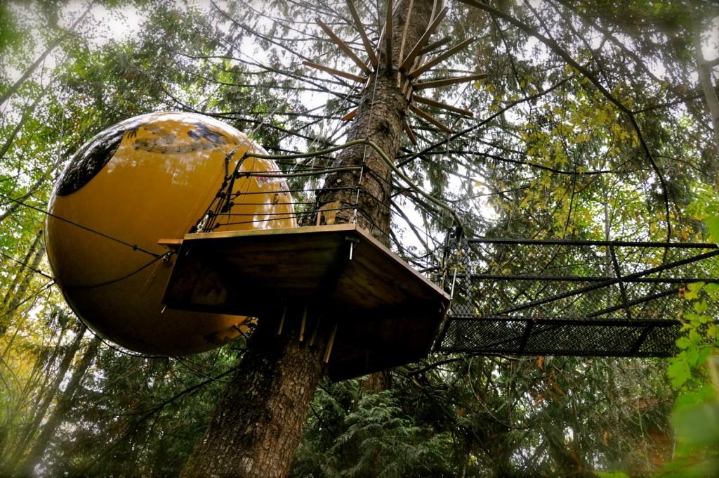 Free Spirit Spheres, Vancouver Island, Canada | Courtesy Free Spirit Spheres
