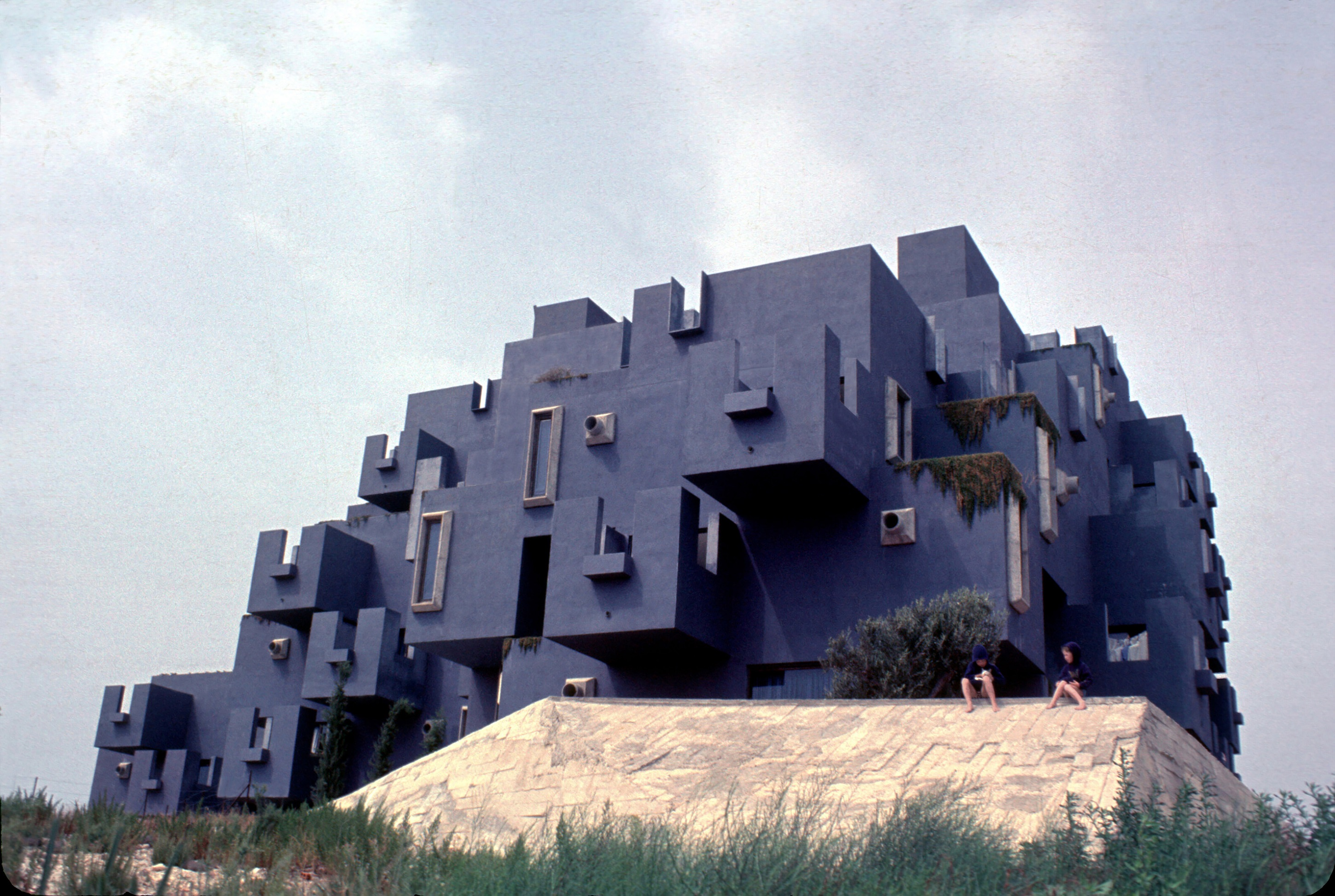 Ricardo Bofill S 10 Most Iconic Works