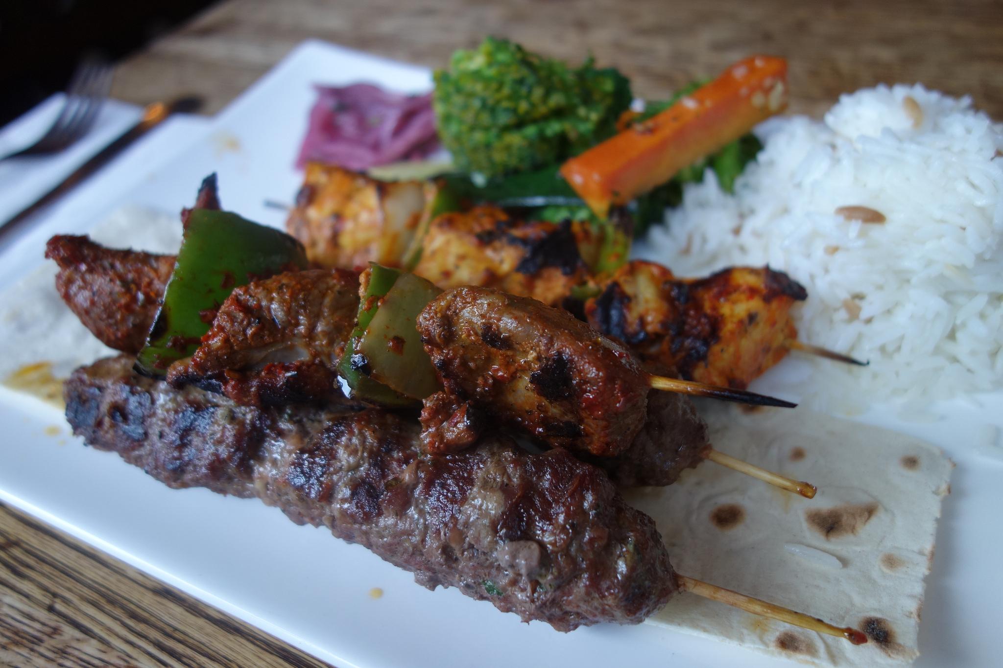 Kebabs | © kennejima/Flickr