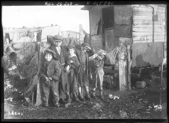 Les enfants de la zone | ©BNF/Wikicommons