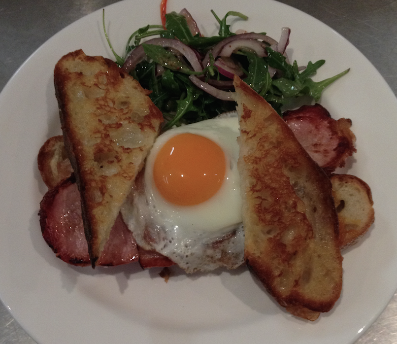 Old Bullock Dray's famous bacon and eggs. © The Old Bullock Dray
