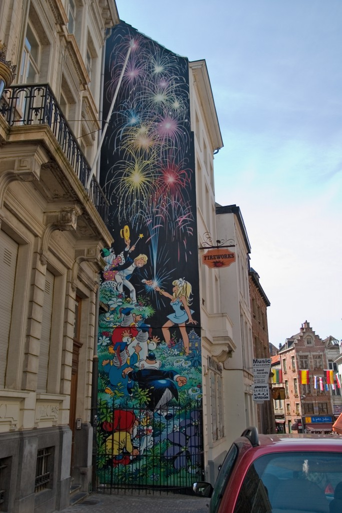 Top 10 murals to check out on the brussels comic book route for Comic book mural