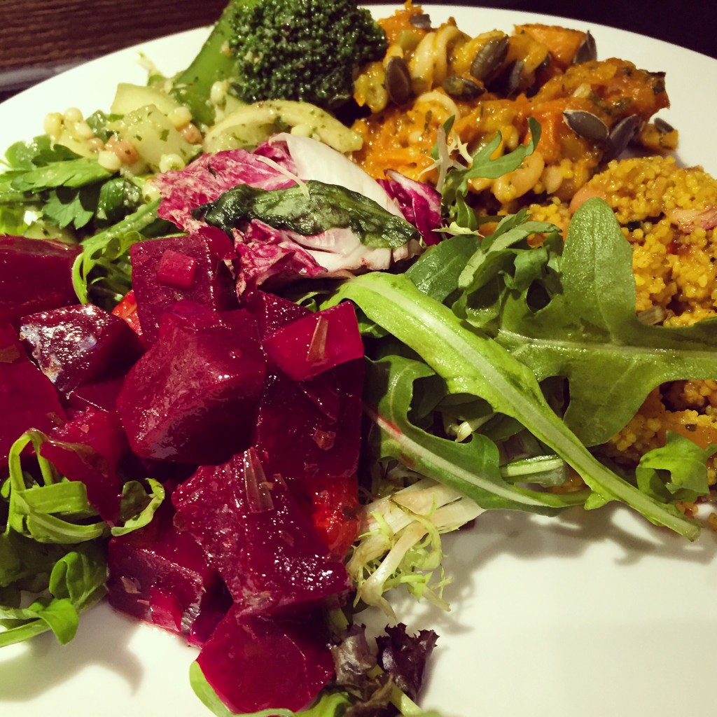 Mixed salad with beetroots, roasted pumpkin, rockets and couscous   Courtesy of ©継簁碍姩ᗤ/Flickr