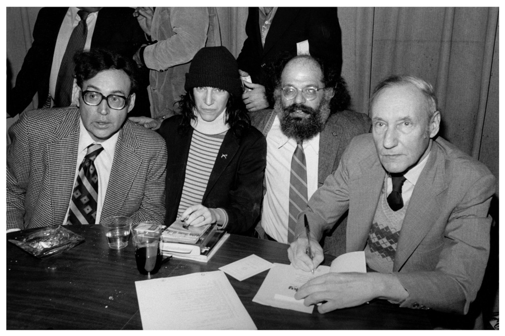 Carl Solomon, Patti Smith, Allen Ginsberg and William S. Burroughs at the Gotham Book Mart, New York City, 1977 – Marcelo Noah@Flickr/Wikipedia