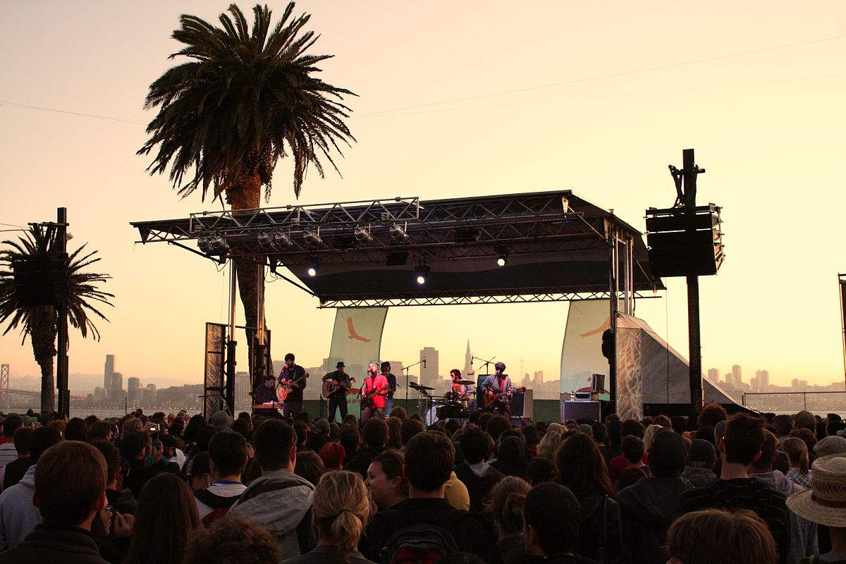 PHOTO 5_7 MUSIC FESTIVALS IN THE BAY AREA TO GET YOUR GROOVE ON
