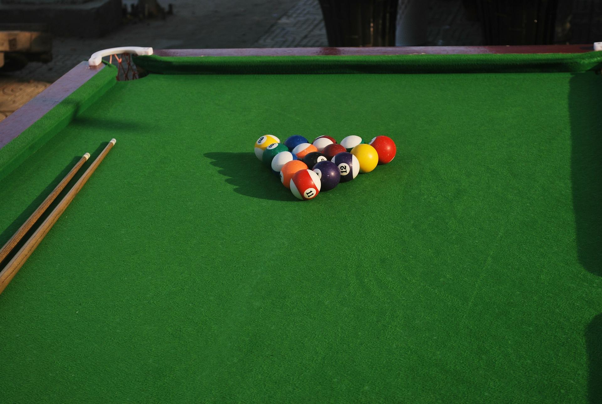 Pool Table © Pixabay