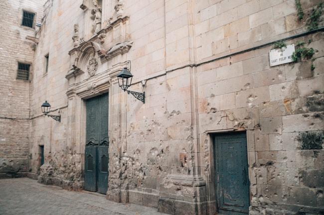Bullet holes of Saint Felip Neri Square | Michael & Tara Castillo / © Culture Trip