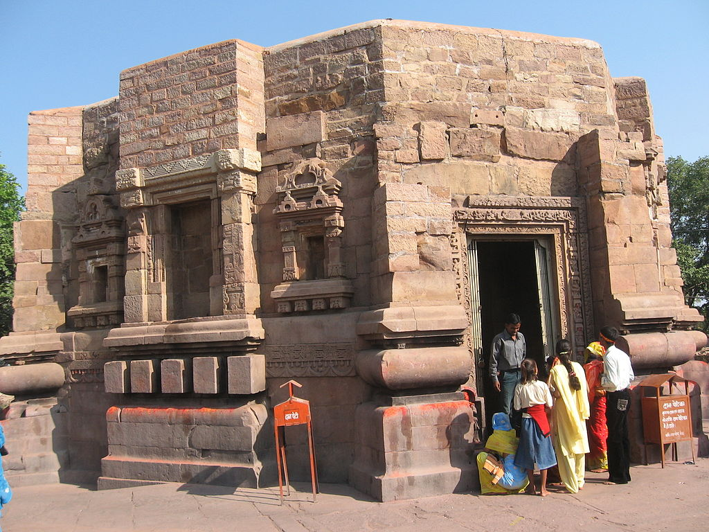 The 12 Best Ancient Temples In India You Should Visit-2546