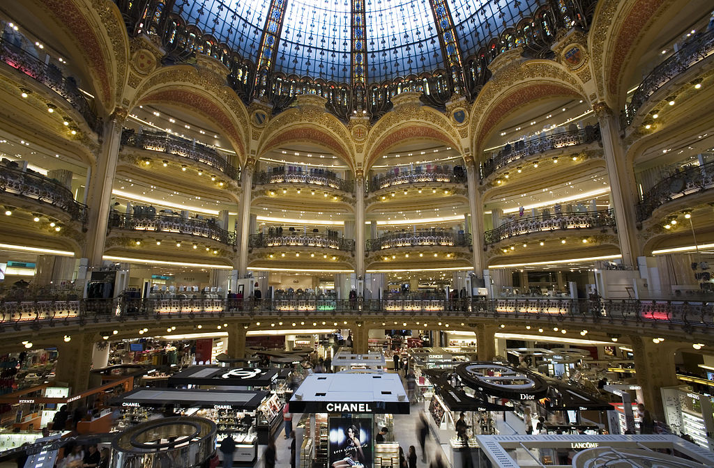 the history of galeries lafayette in 1 minute. Black Bedroom Furniture Sets. Home Design Ideas