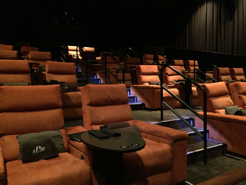 iPic Theaters | © Ray Bouknight/Flickr