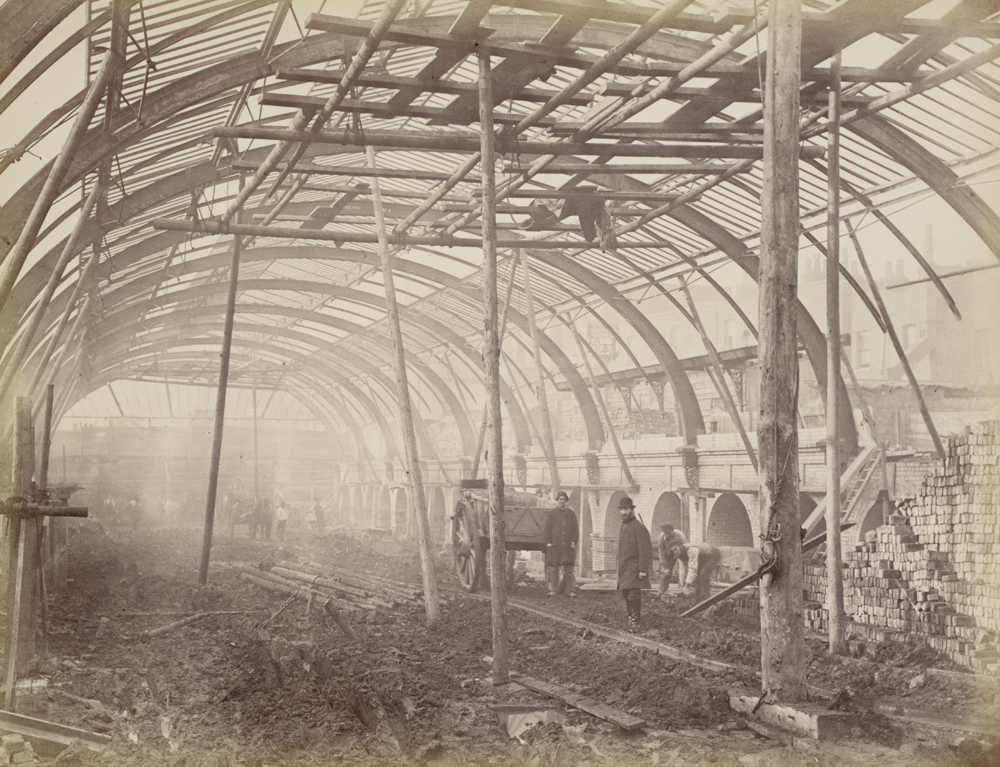 Construction of a Metropolitan Railway station, about 1861   © National Railway Museum / Flickr