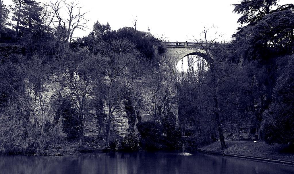 Pont des Suicidés, Buttes Chaumont | © Thomas Claveirole/Flickr