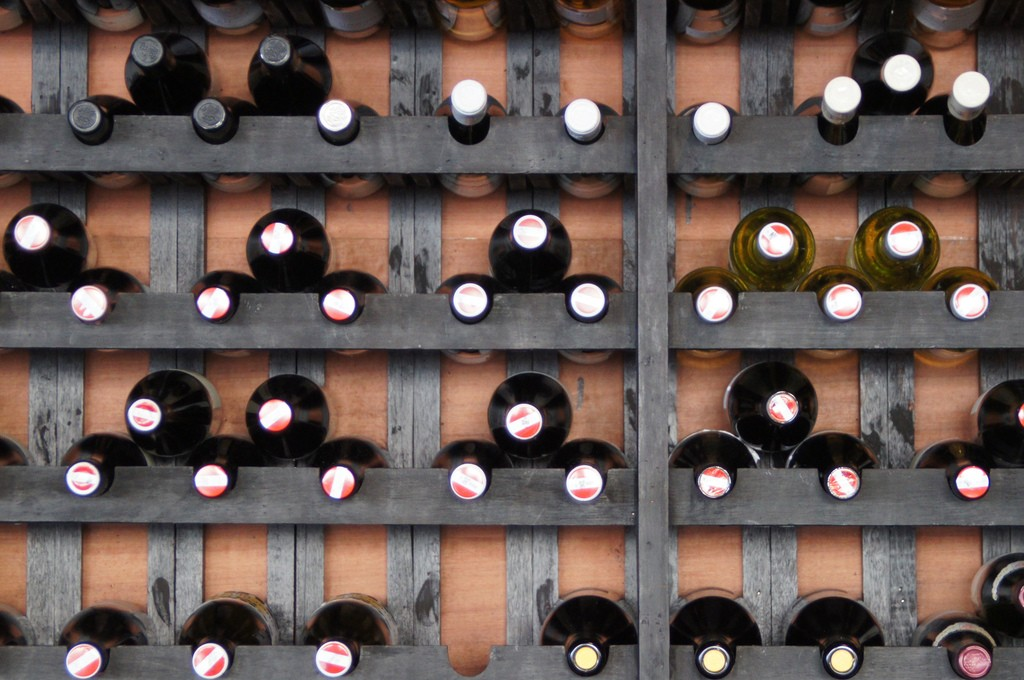 wine tasting   © Fredrik Rubensson/Flickr