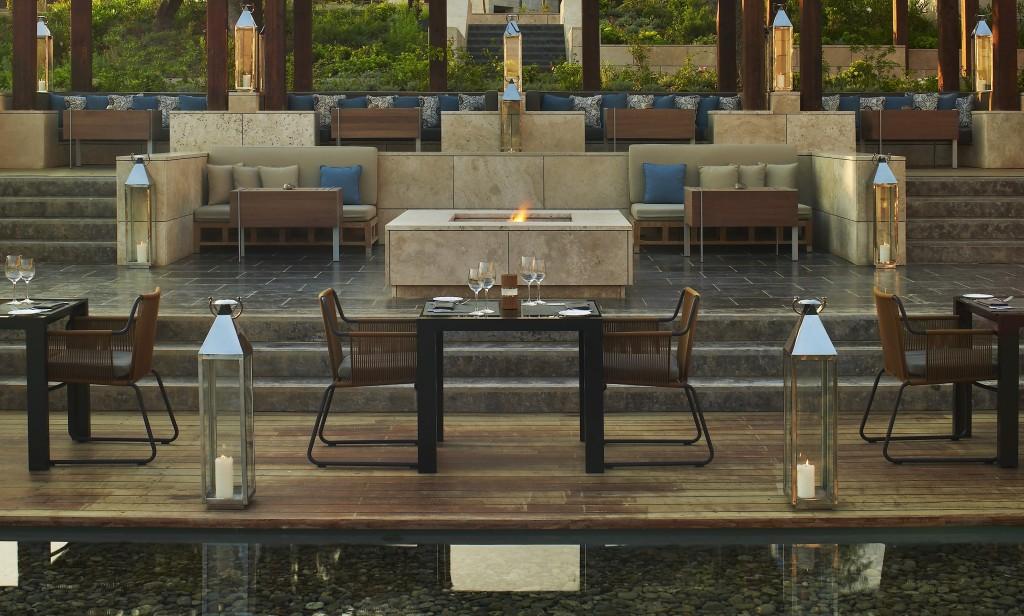 The resort has 21 restaurants to choose from © Costa Navarino