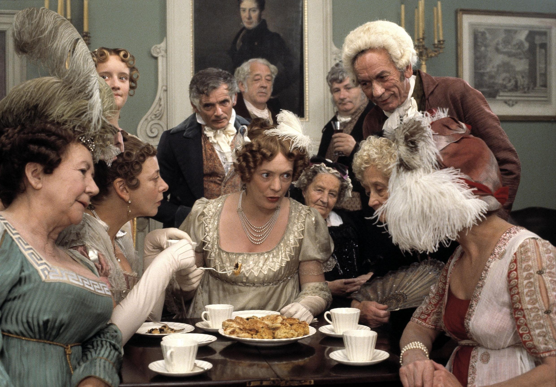 Allison Steadman as Mrs Bennet | © Pride and Prejudice (1995) / BBC Productions