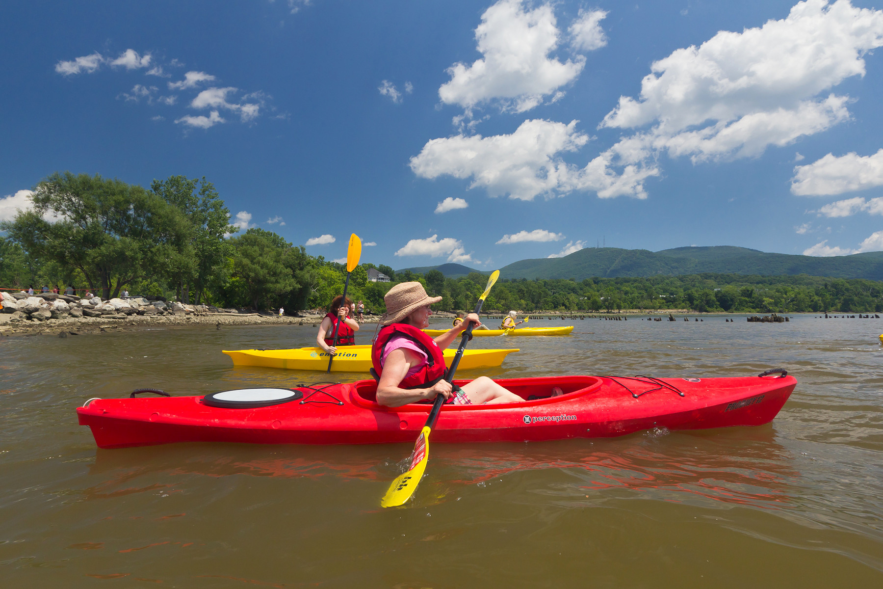 Kayaking from Long Dock Park on the Hudson River | Image Courtesy of Robert Rodriguez, Jr.