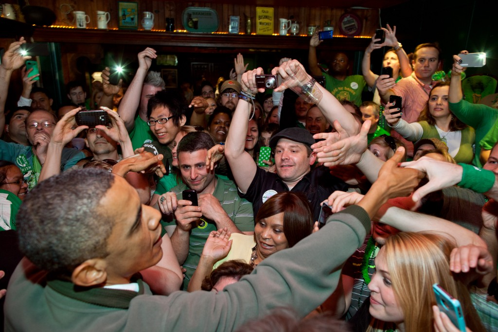 Barack Obama in an Irish Pub on Saint Patrick's Day | © Pete Souza / WikiCommons
