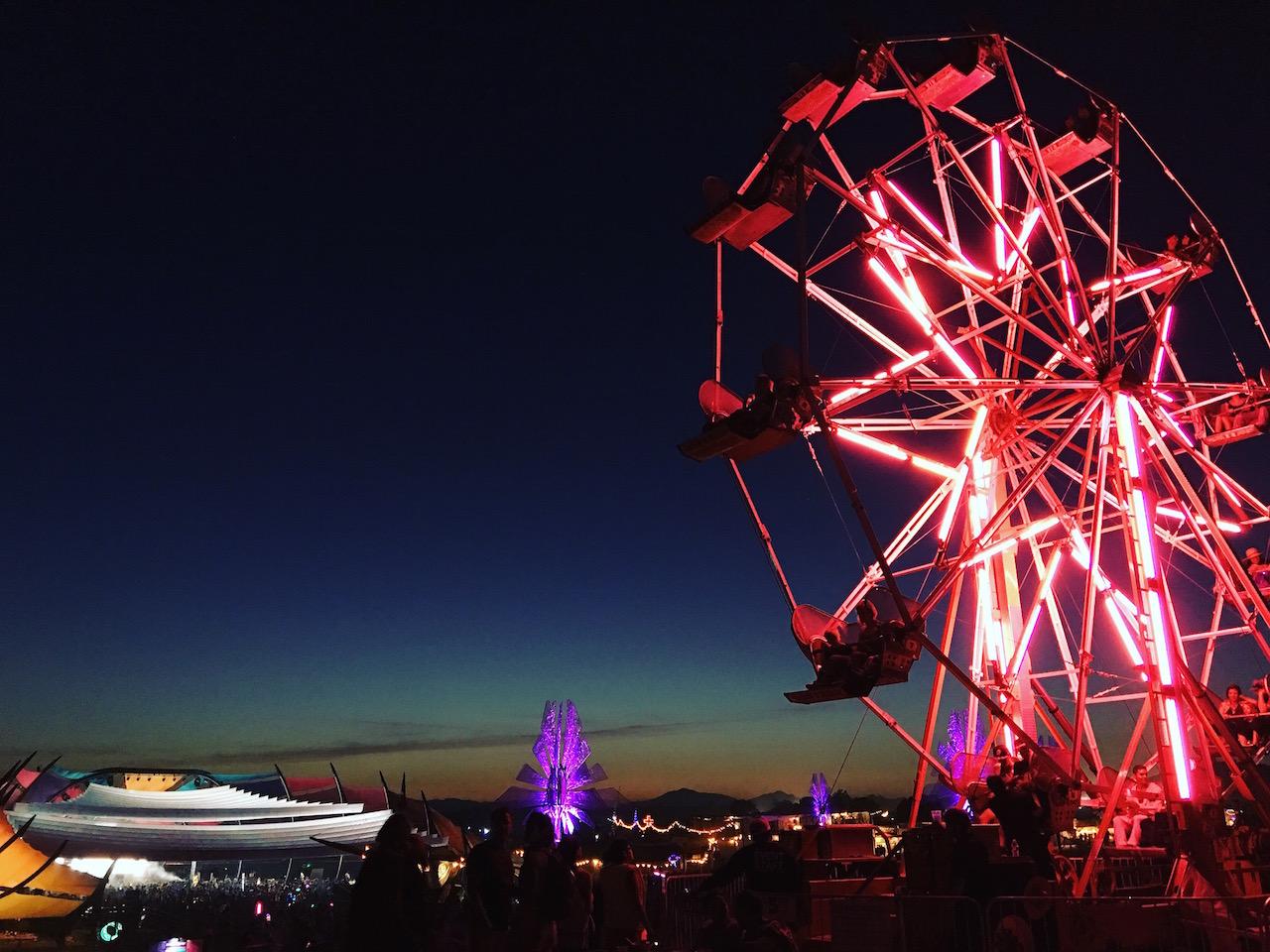 Ferris Wheel at LIB | © Brenda Garcia Davidge