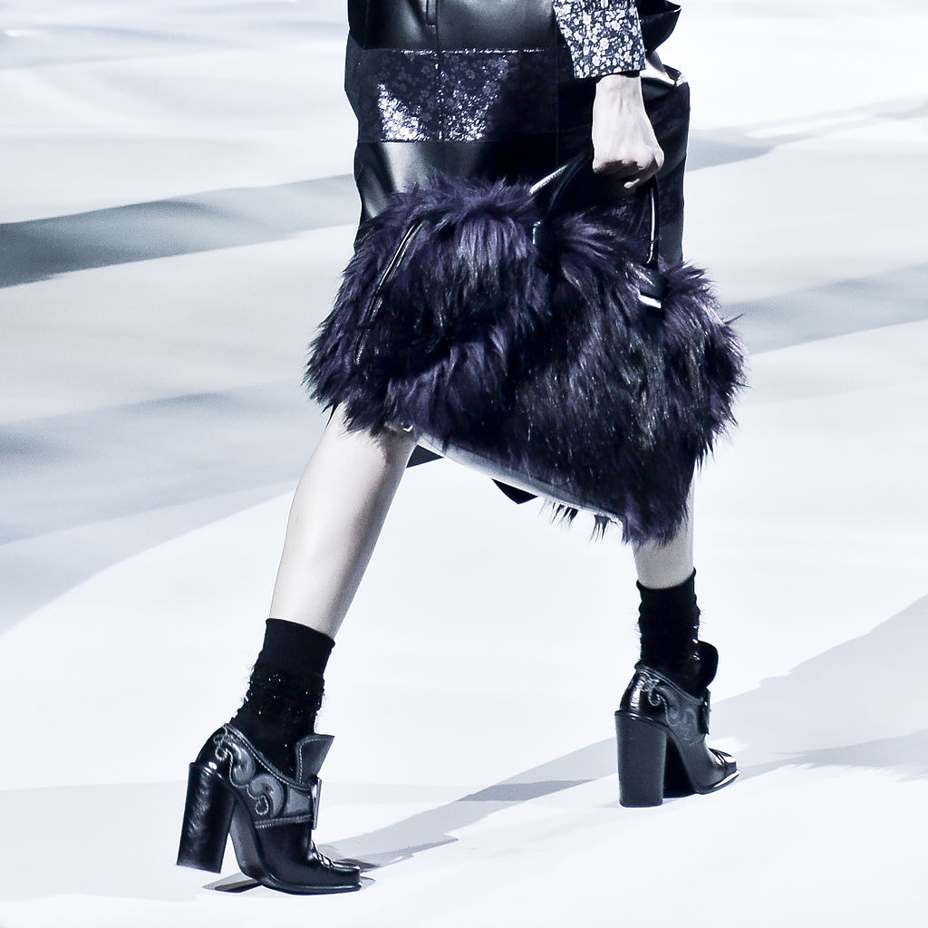 Marc Jacobs Fall-Winter 2012 06 | © CHRISTOPHER MACSURAK/WikiCommons