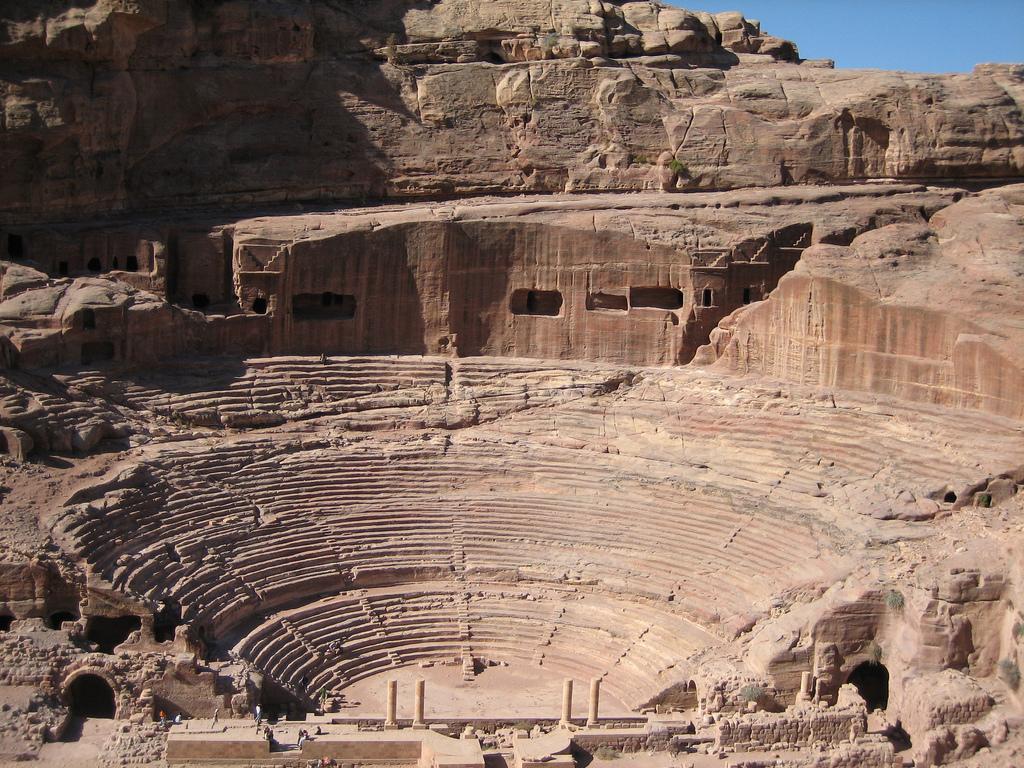 Theatre, Petra |©Douglas Perkins/WikiCommons