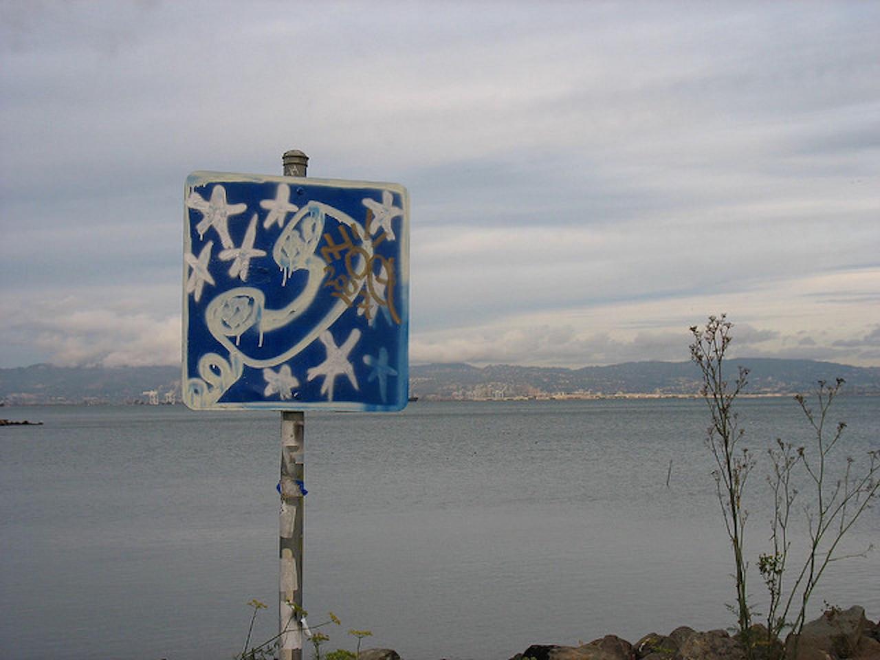 Graffiti art in Warm Water Cove Park | © Orin Zebest/Flickr
