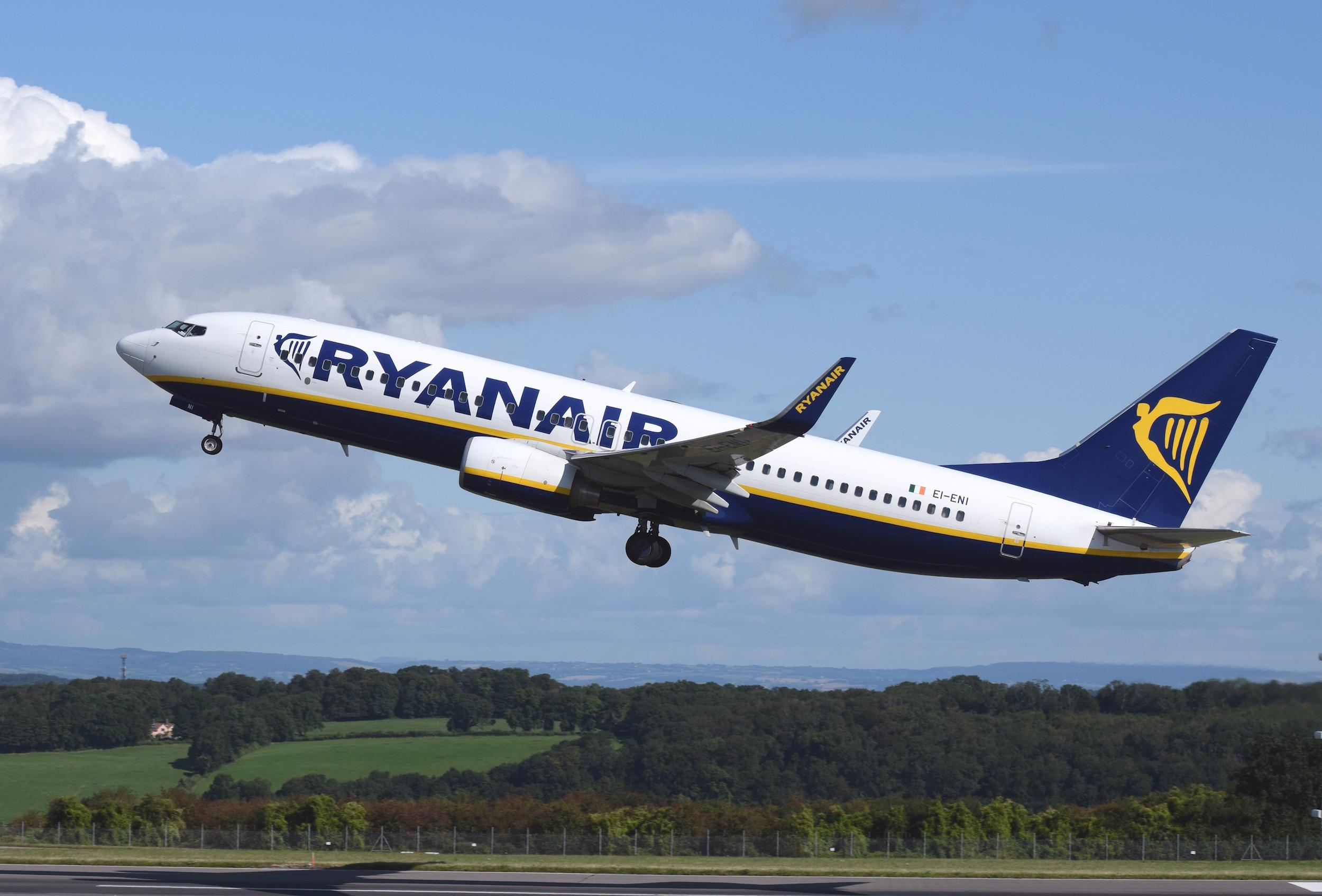 Ryanair Boeing 737-800 | © Adrian Pingstone / WikiCommons