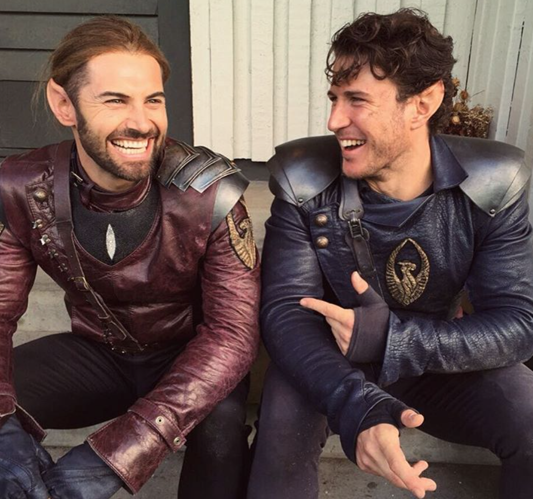 Aaron Jakubenko and Dan MacPherson on set of Shannara Chronicles. © Aaron Jakubenko on Instagram