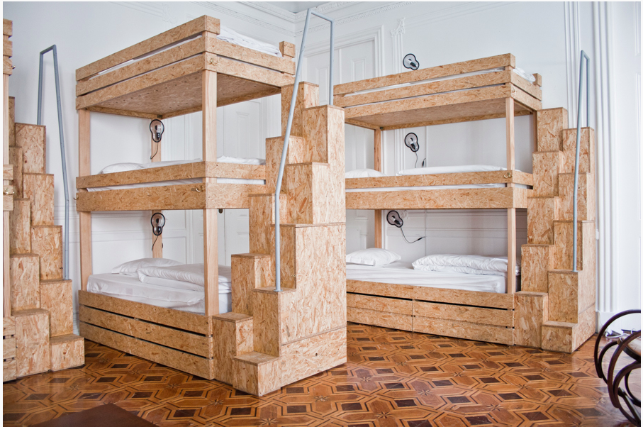 Triple bunks at The Independente Hostel & Suites