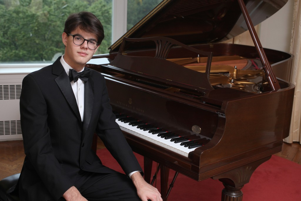 Young Steinway Artist Thomas Nickell makes his London debut this July   Courtesy of Stephen Sullivan