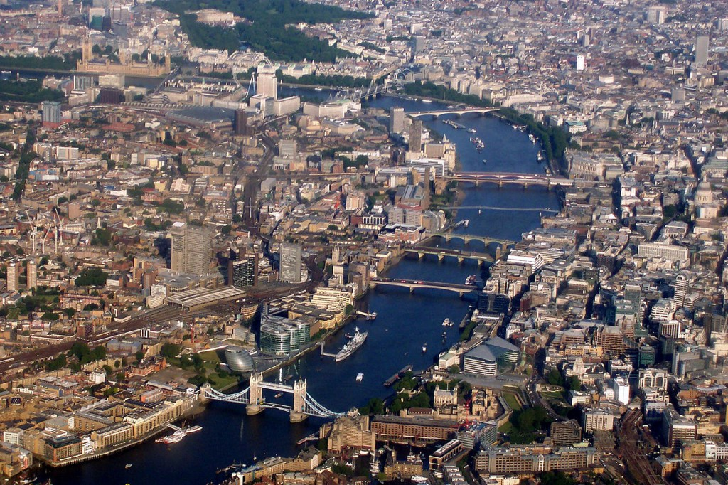 Aerial view of London | © Debot / Wikimedia Commons