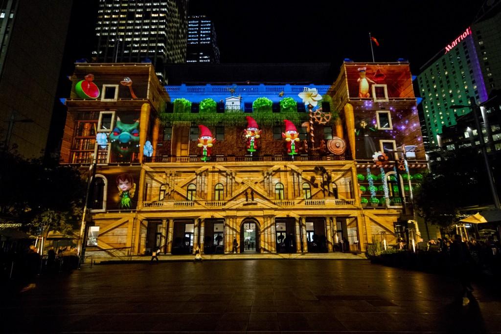 Vivid Sydney 2016, Clr Quay, Customs House, Sydney's Hidden Stories. | © James Horan, NSW