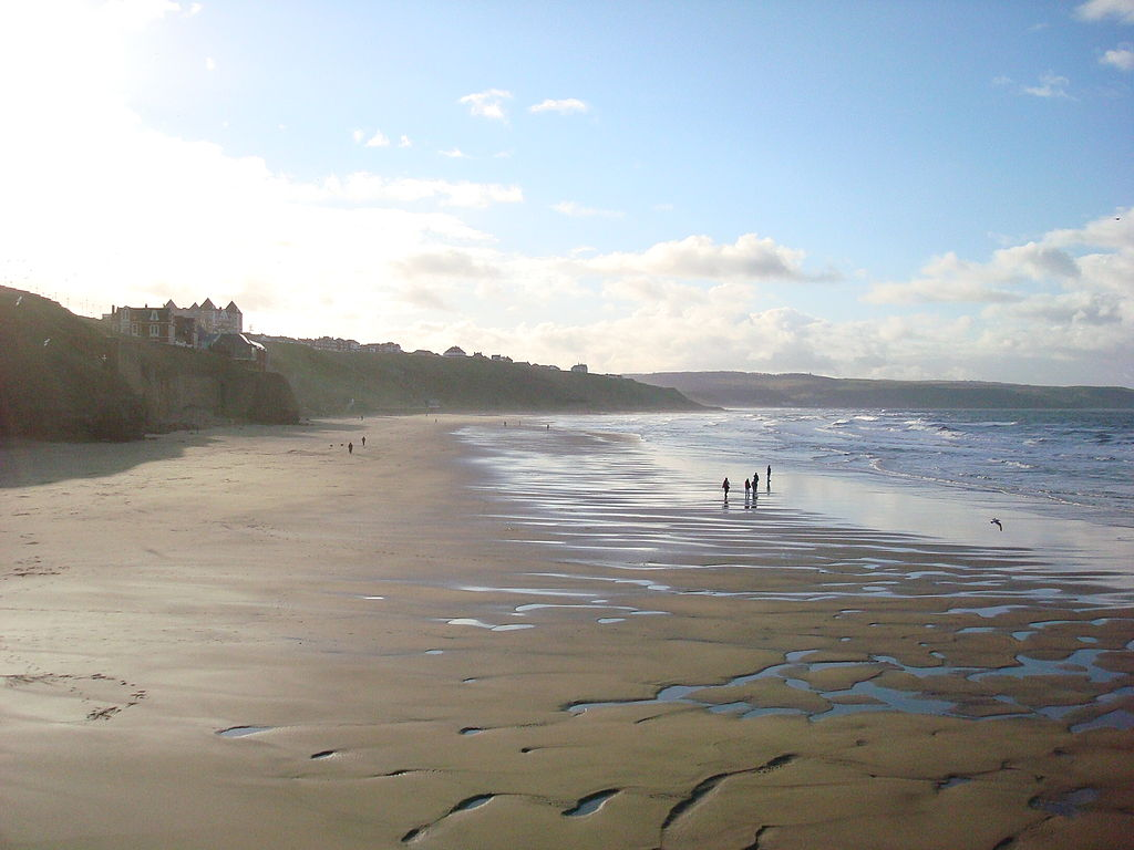 Whitby Beach, Yorkshire | © Schumi555/Wikicommons