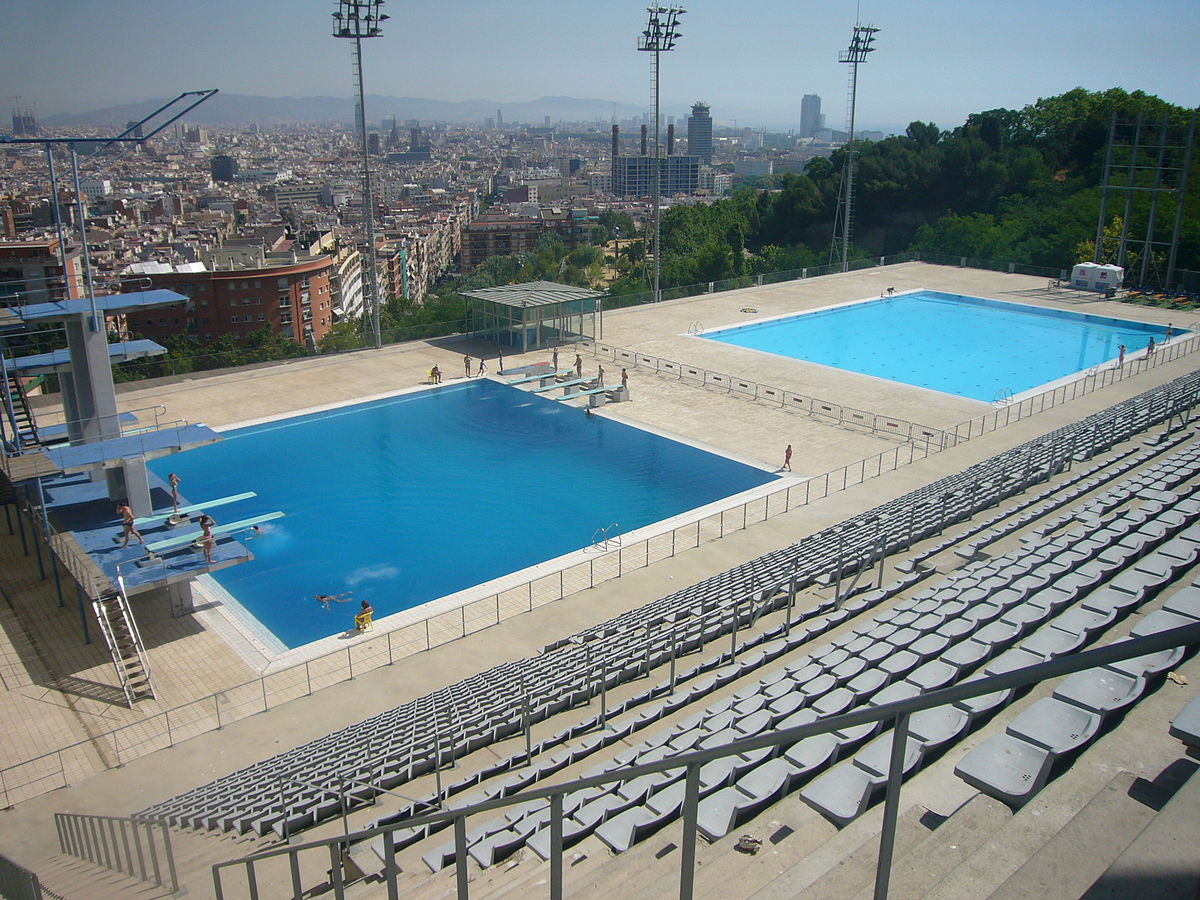 Top 6 outdoor pools in barcelona for Piscina municipal