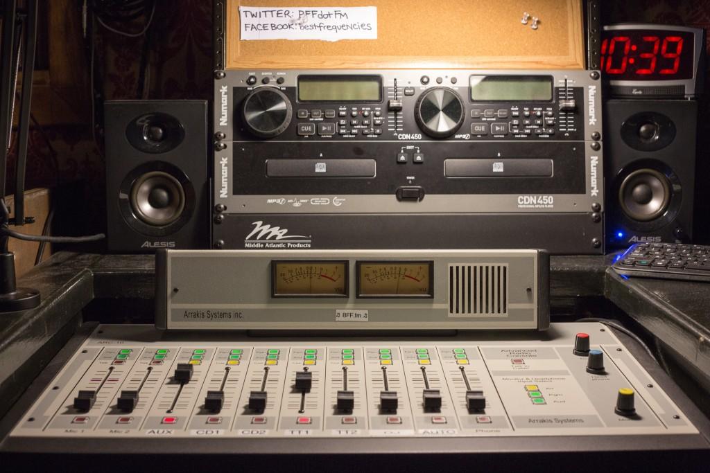 The BFF.fm mixer panel © Scott Schiller/Flickr
