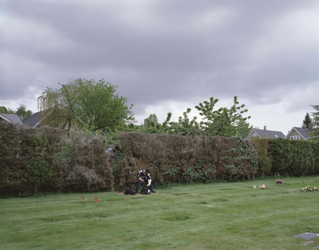 'Boys Cutting Through a Hedge' by Jeff Wall | © Jeff Wall / The SAMMLUNG VERBUND Collection, Vienna.Courtesy Jeff Wall Studio, Vancouver and Marian Goodman Gallery, New York/Paris