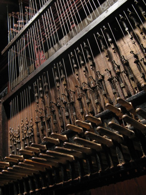 A detail of the Mechelen carillon inside St. Rumbold's Cathedral   © Peter Meuris/Flickr