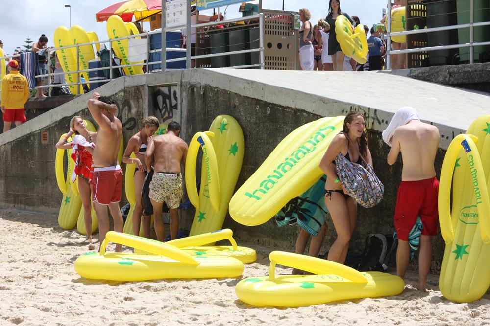 Havaianas Thong Challenge on Australia Day | © Eva Rinaldi / Flickr