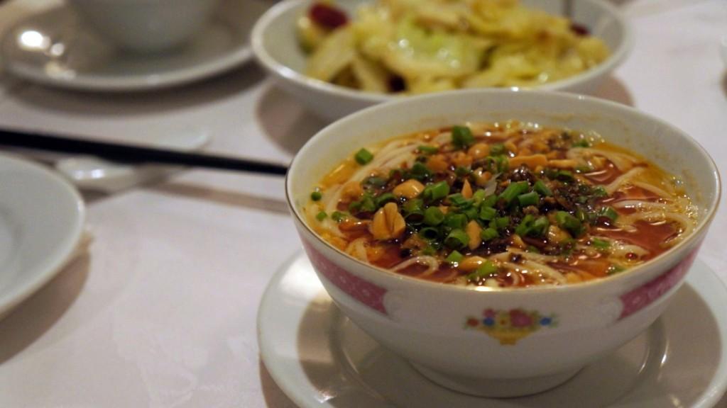 Sichuan dan dan noodles © Michaela Fulton