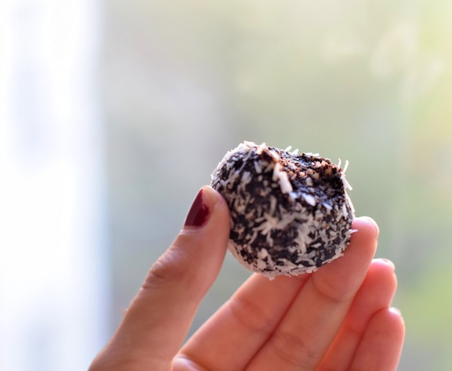 Superfoods_Cacao balls__Solene_Roussel