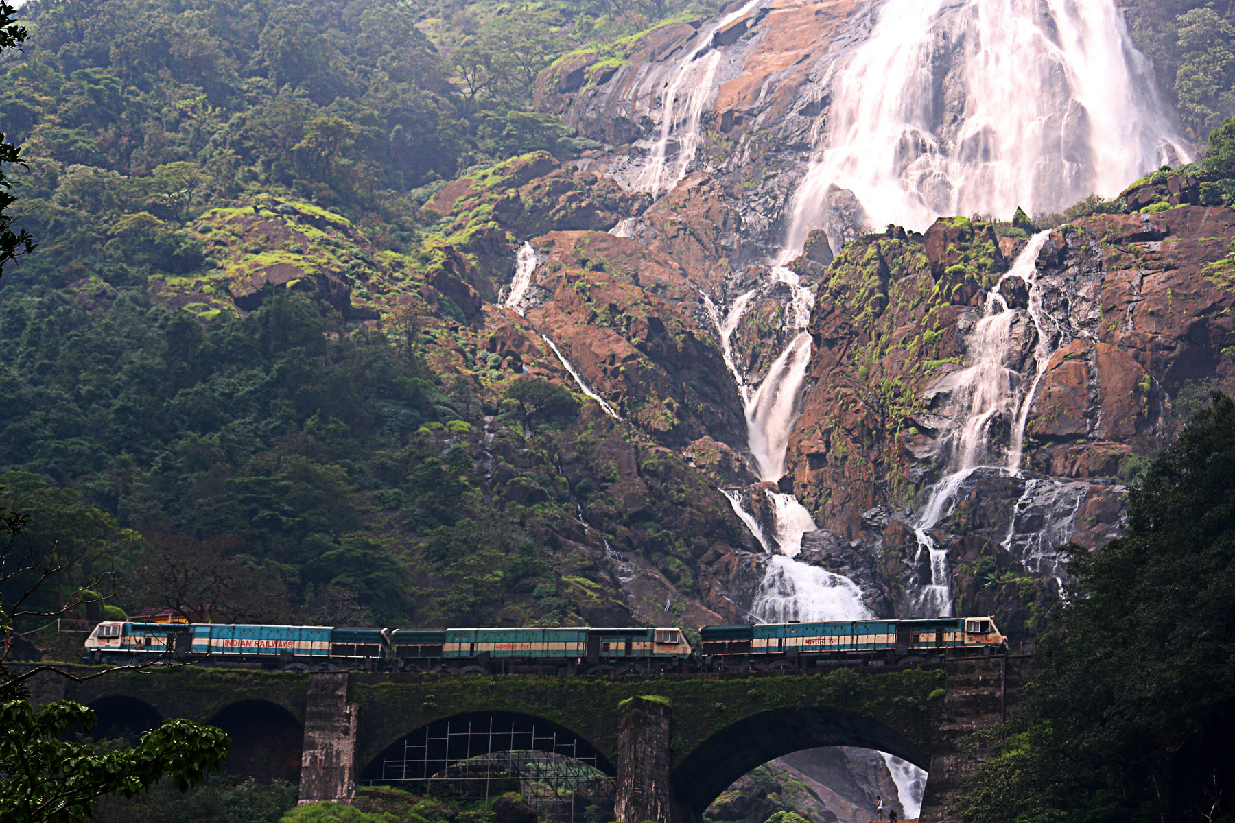 Doodhsagar Falls in Goa | © Purshi/WikiCommons