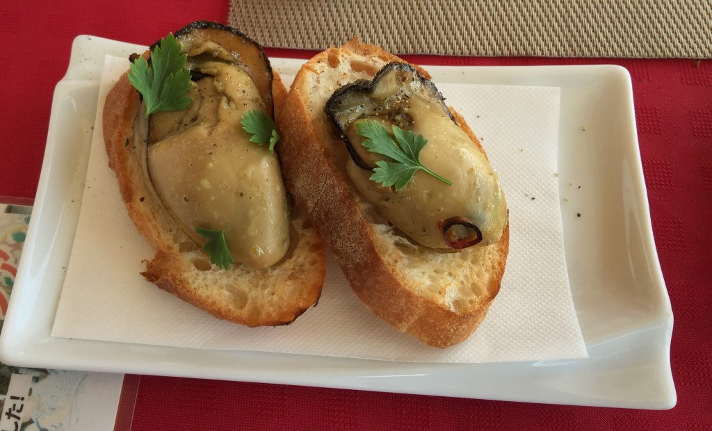 Oyster toasts