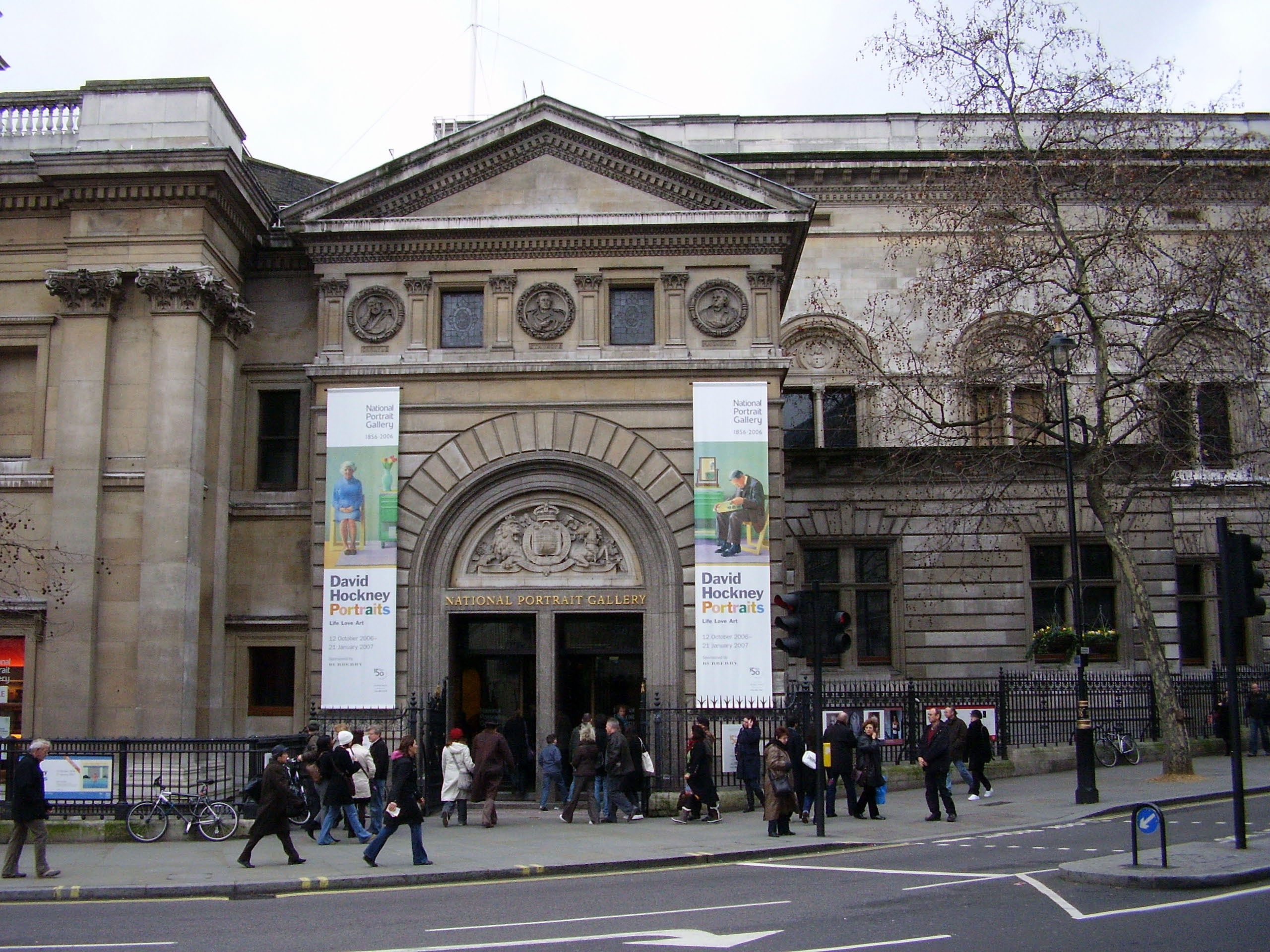 Entrance To The National Portrait Gallery   © Ham/WikiCommons