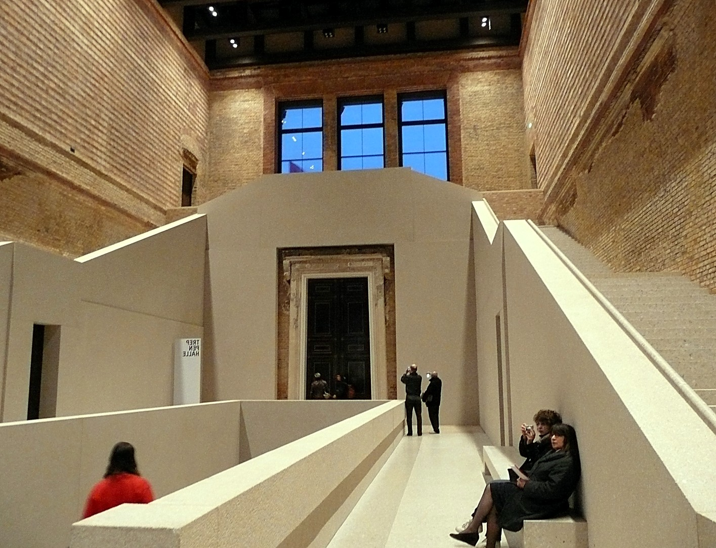 The Best Things To See In The Neues Museum